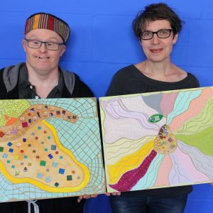 Richard Hunt of the Shadowlight Artists with support from Oxford Artist Sonia Boue