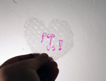 Bubble wrap heart