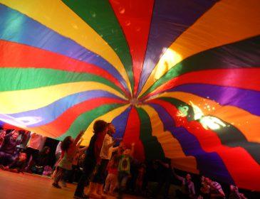 Children under parachute
