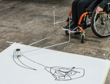 enAball drawing device