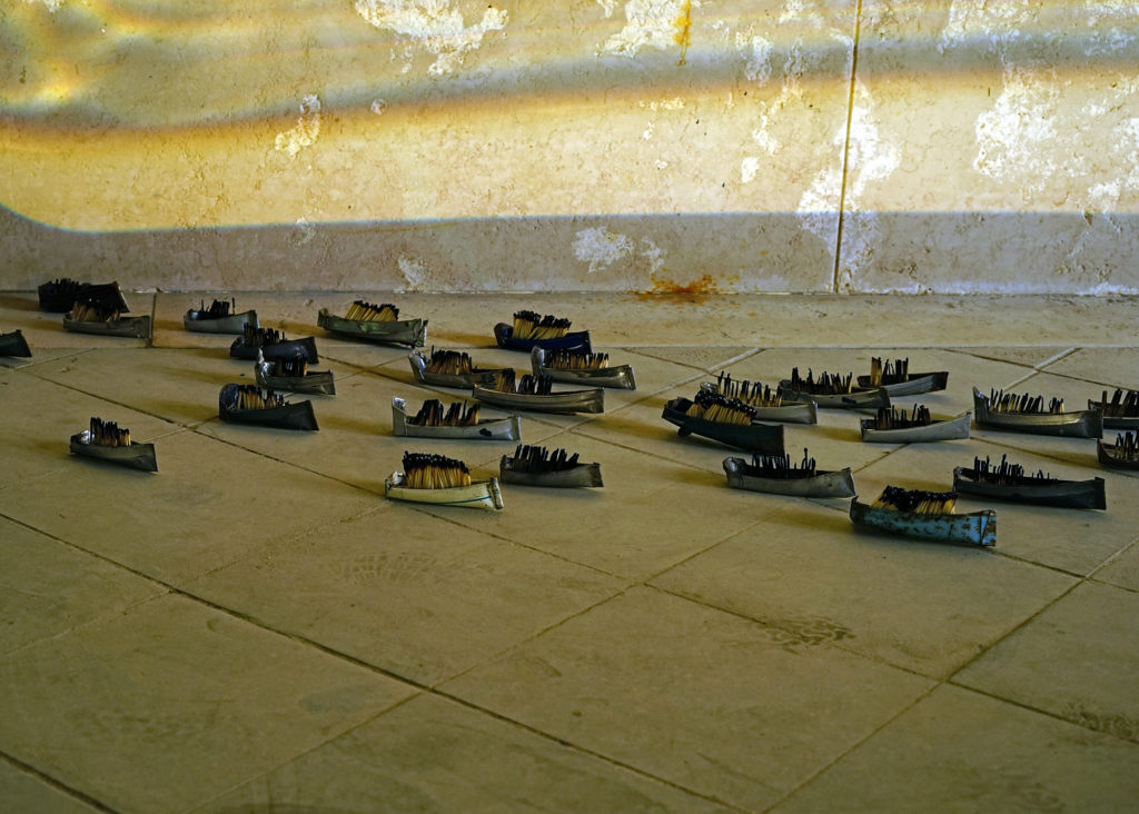 Small ships installation
