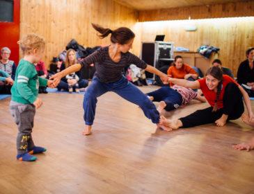 Dancers balancing