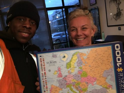 liz with Tesco delivery man and 1000 piece jigsaw of Europe