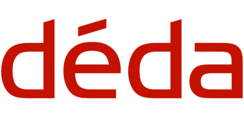 déda in red text on a white background.
